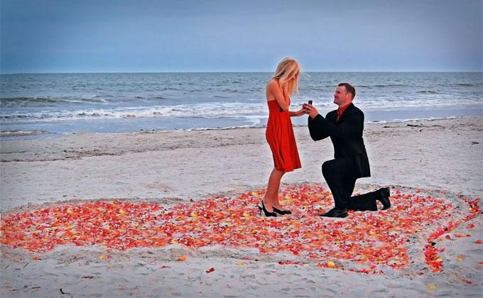 海岸でプロポーズ